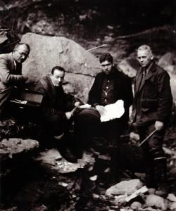 1931 Cob Cave