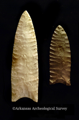 Large Dalton points from the Sloan site. Copyright Arkansas Archeological Survey. Do not reproduce without permission.