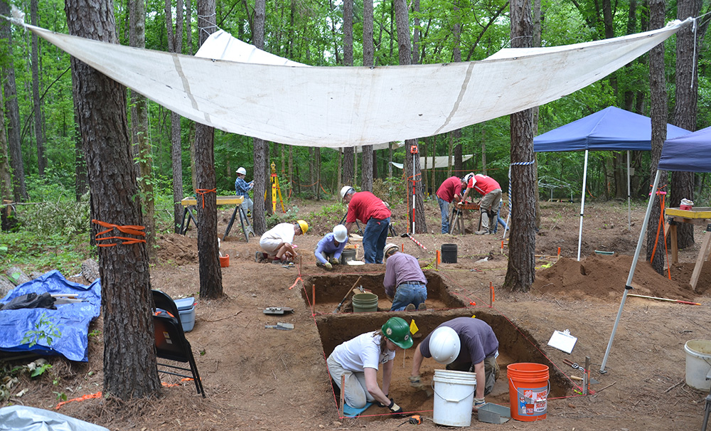 Excavations underway at 3MN298 during the 2013 Society Training Program.