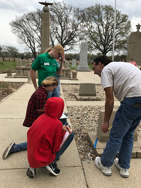 4-H students learning to map at Rohwer Japanese American Internment Cemetery during the 2017 Day of Archeology.