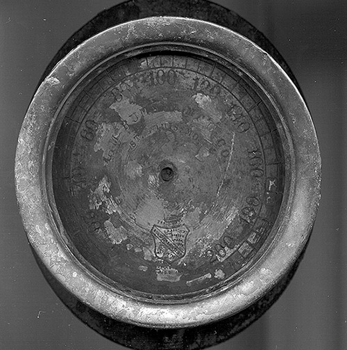 Close-up of the face of the steam gauge.
