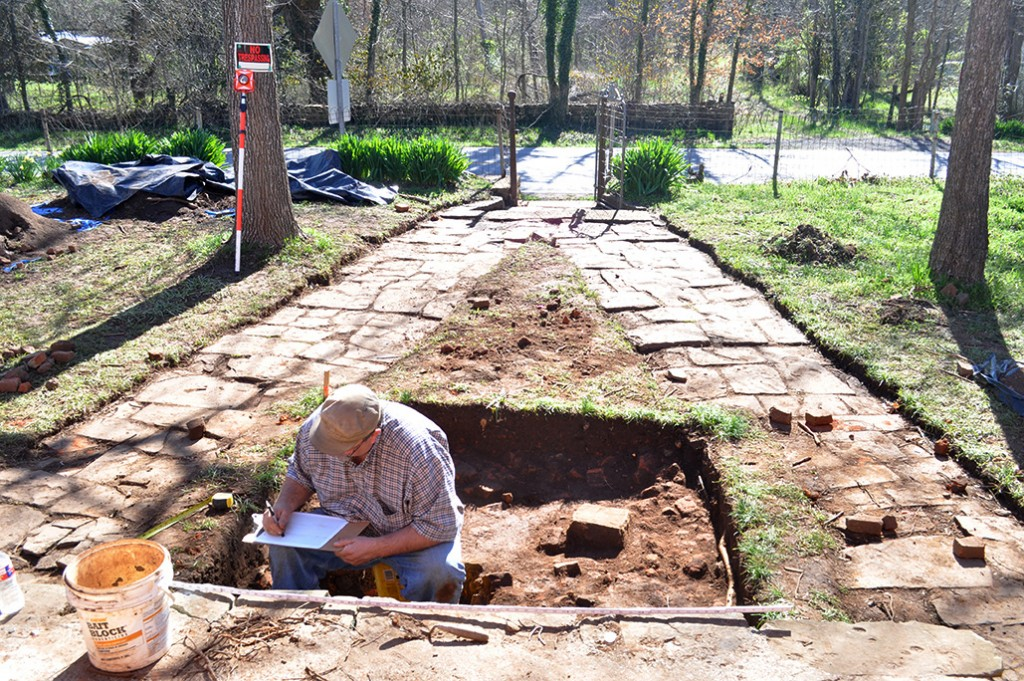 Jared Pebworth (ARAS-SRP) profiling excavation units at the conclusion of the 2015 Spring Break Dig at Historic Cane Hill.